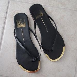 Dolce Vita slim flip flops